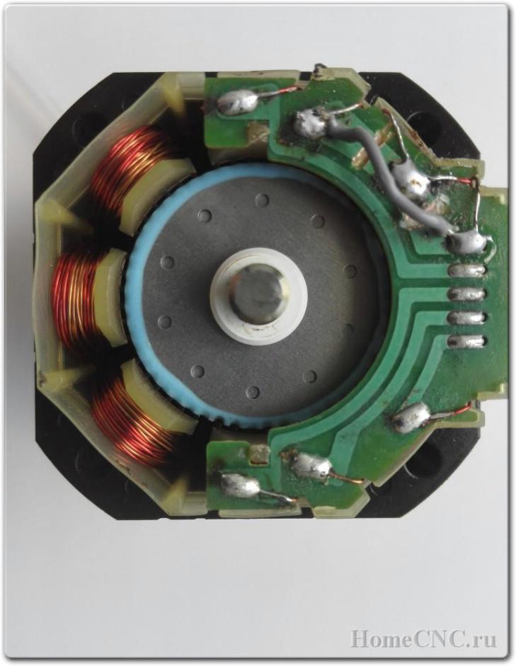 Самодельный 3D принтер на шаговиках от матричного принтера